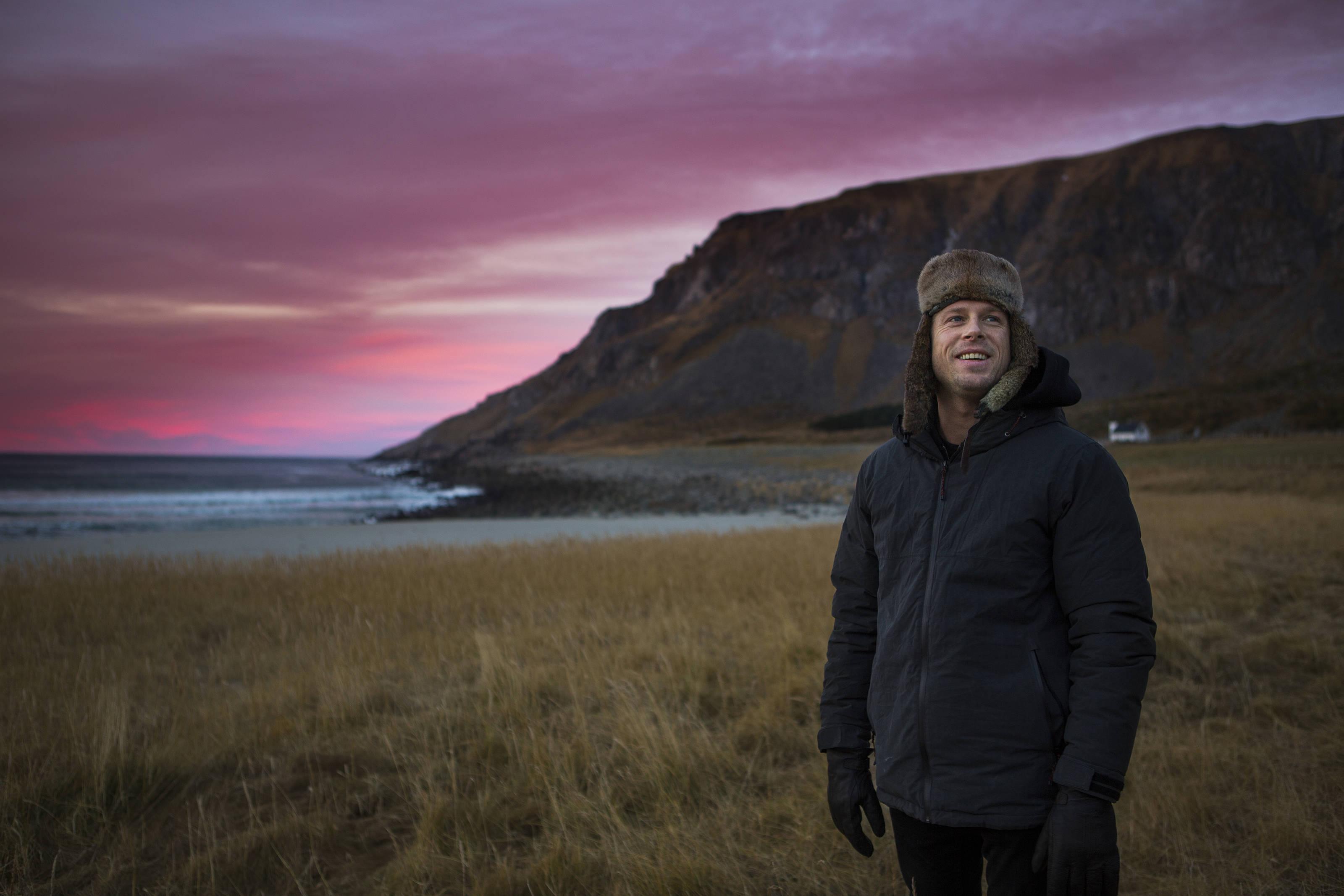 Mick Fanning auf den norwegischen Lofoten. Credit: Red Bull Content Pool
