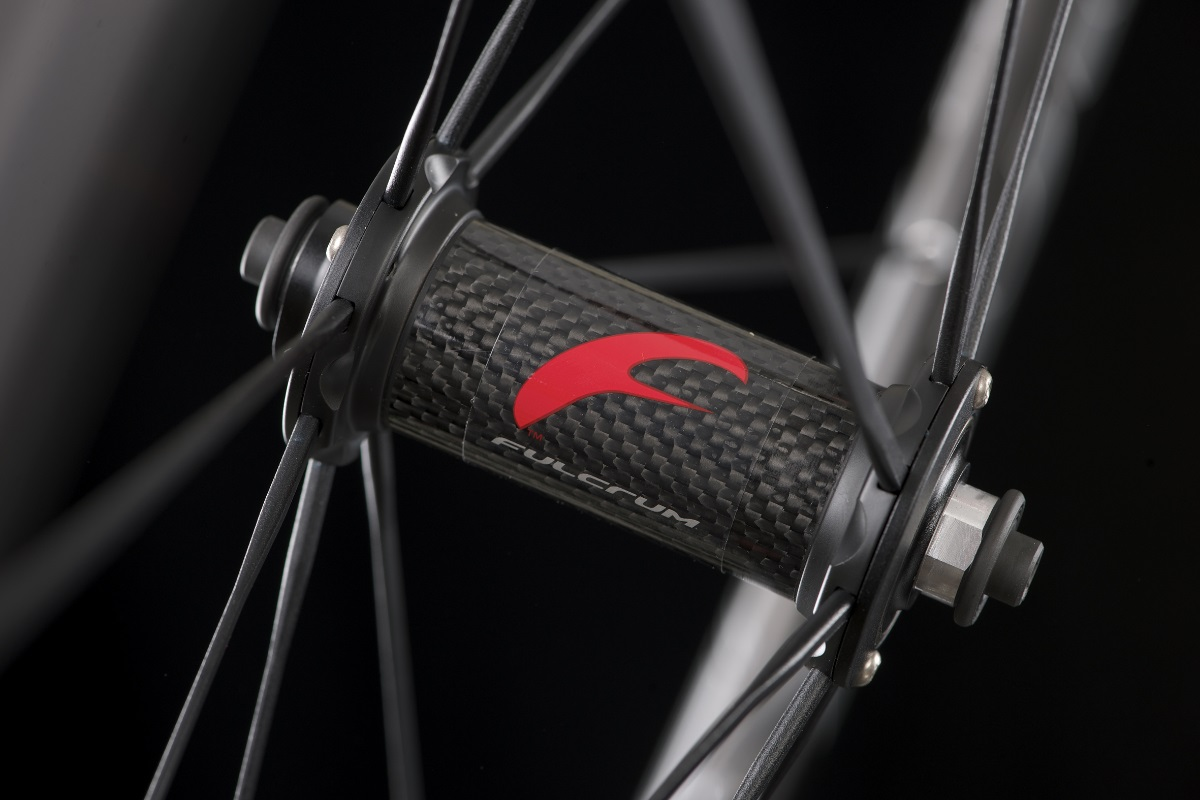 Der Fulcrum Racing Zero Carbon-Laufradsatz bietet höhere Steifigkeit als der Racing Zero-Vorgänger.