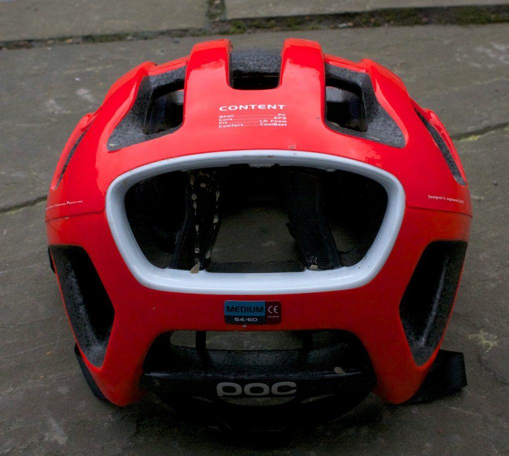 In der Medium-Ausführung wiegt der POC Octal Helm gerade mal 195 Gramm.
