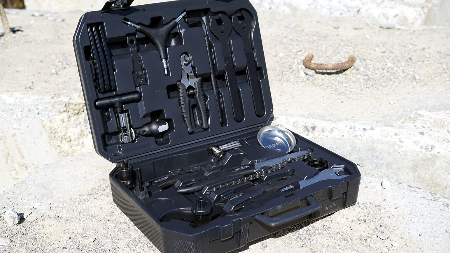 TAQ 33 Werkzeugkoffer Profi 1
