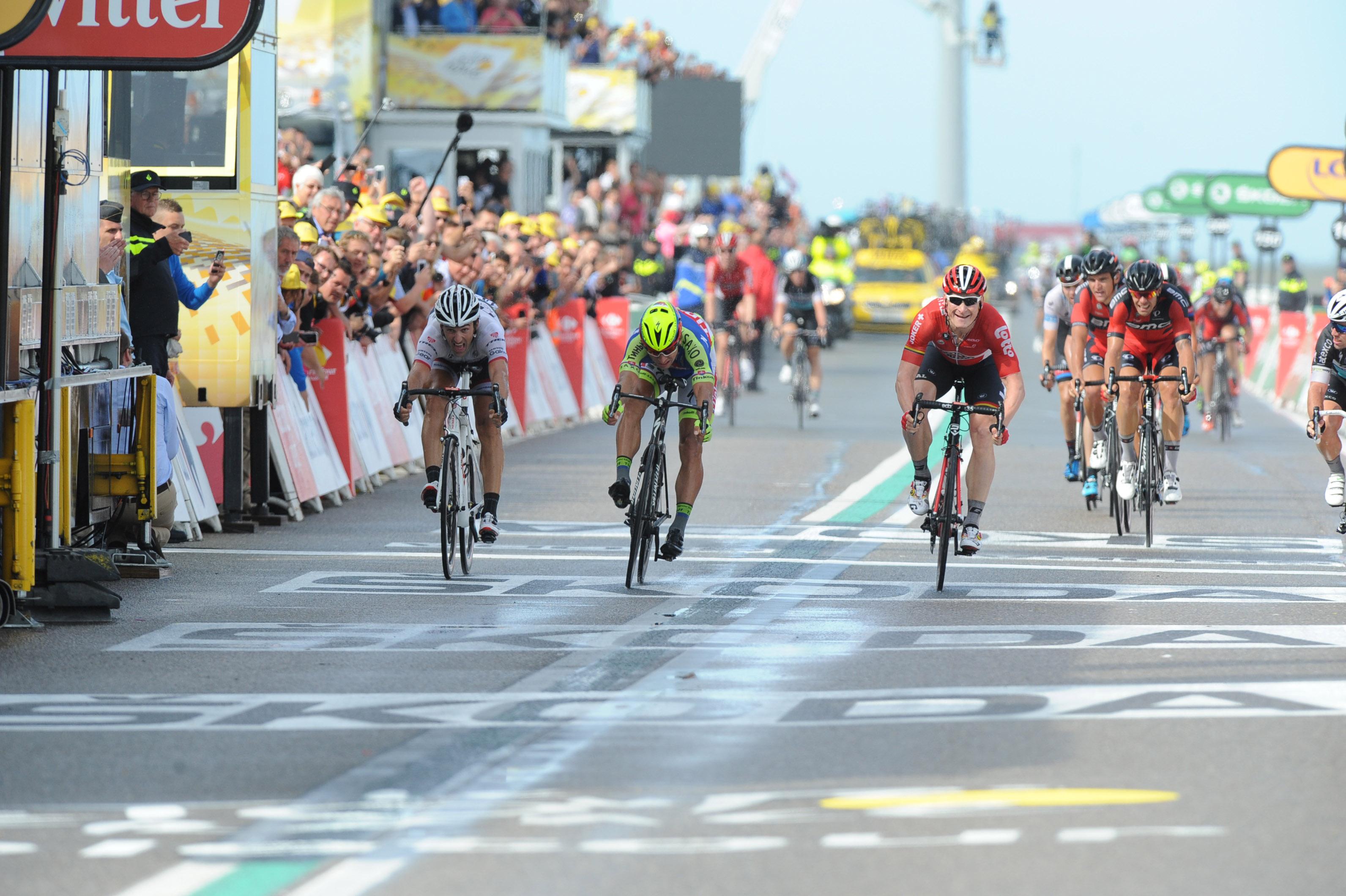 Zweite Etappe der Tour de France 2015 mit einem Sieg von Andre Greipel.