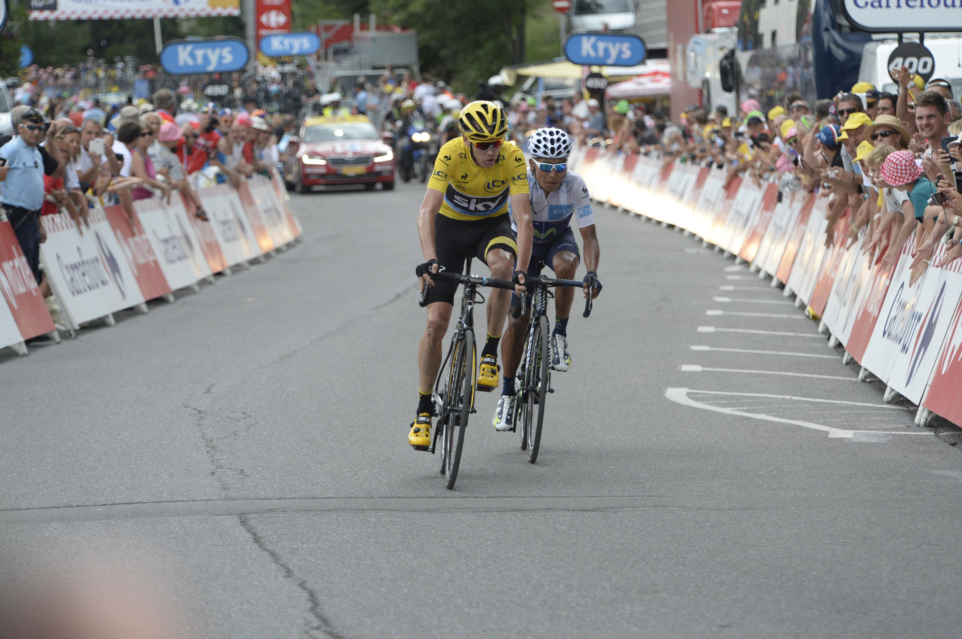 Chris Froome verteidigt sein Gelbes Trikot. (pic: Sirotti)