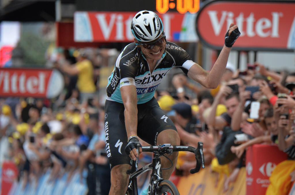 Tony Martin hat es in der 4. Etappe geschafft und sichert sich mit seinem Etappensieg das Gelbe Trikot! Tolle Leistung.