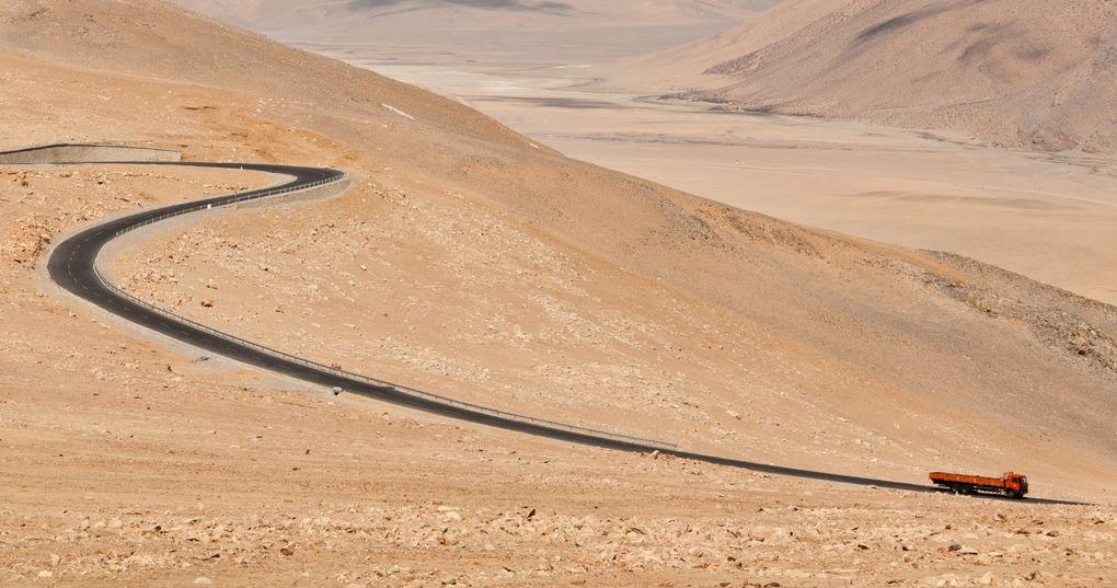 Die schönsten Rennrad-Strecken der Welt: Friendship Highway zwischen Tibet und Nepal (Foto: Will DeFreitas, via Flickr Creative Commons)