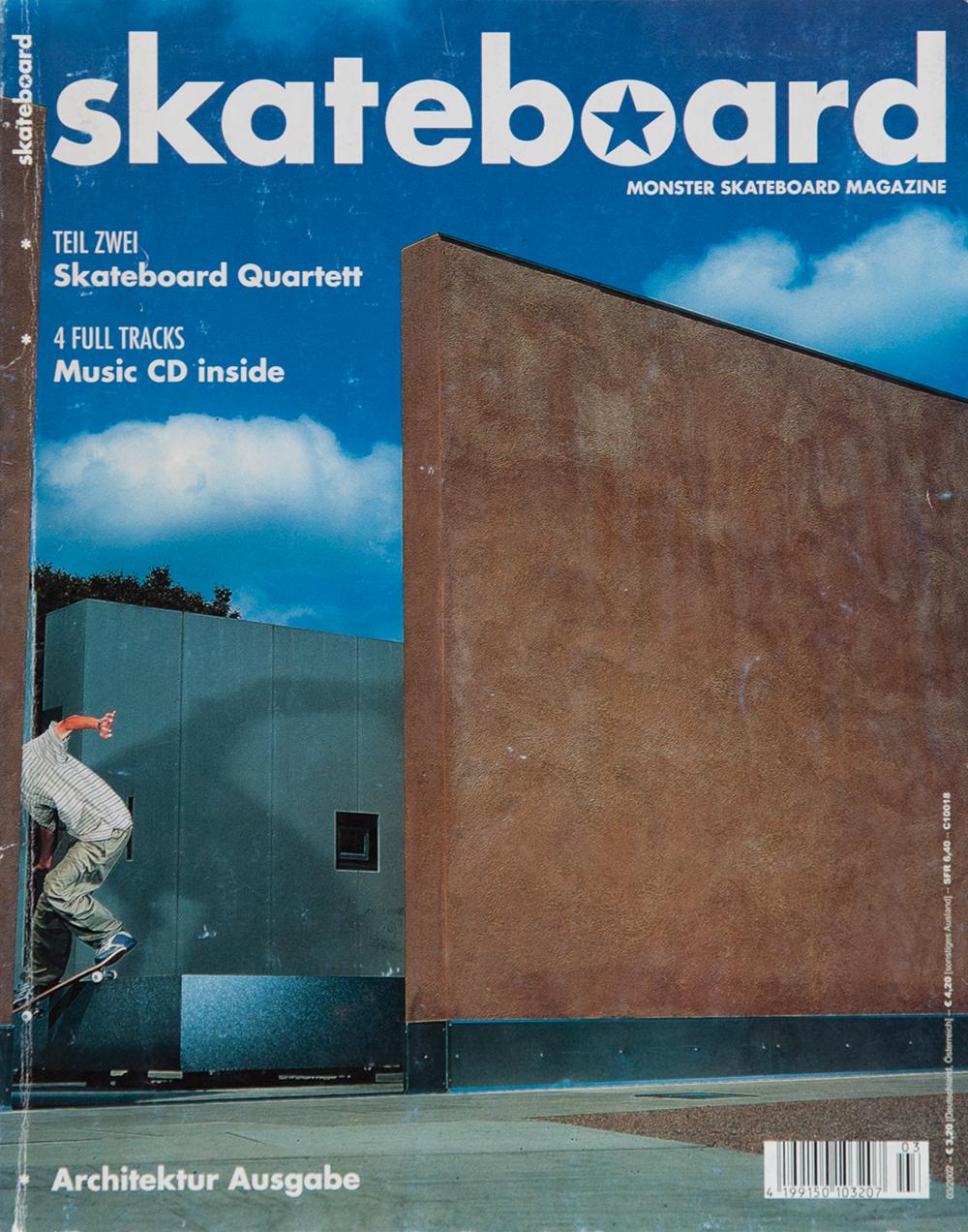 Für das Cover der legedären Architektur-Ausgabe wurde glatt einer geköpft. Armin Löwenstein bekam den Kopf abgeschnitten, war aber dafür später auf der Ausgabe #200 in voller Pracht zu sehen.