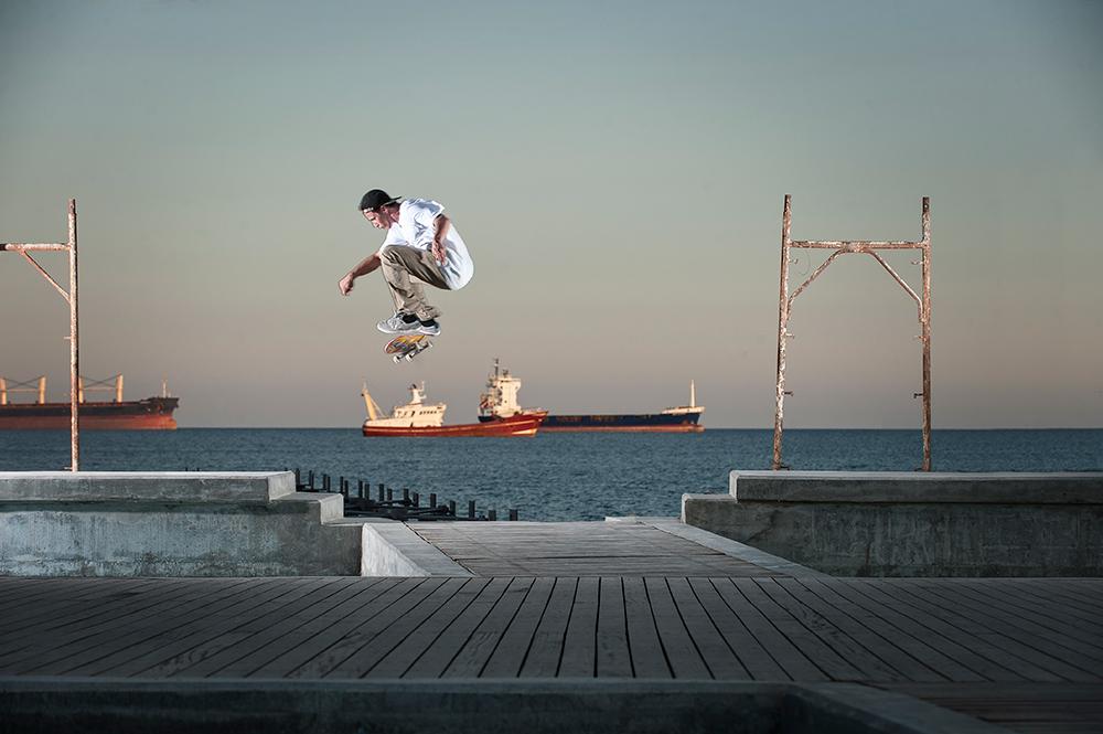 Carlos Ribeiro – Switch Frontside Flip