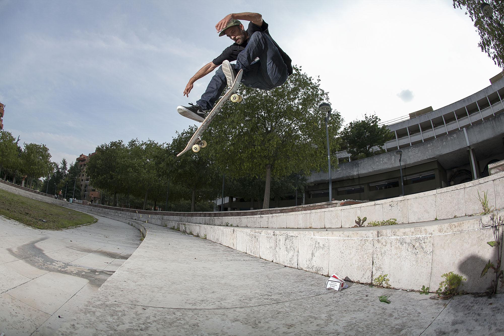 Oli Kentner – Pop Shove-It | Mailand Plaza | Foto: Martin Herrmann