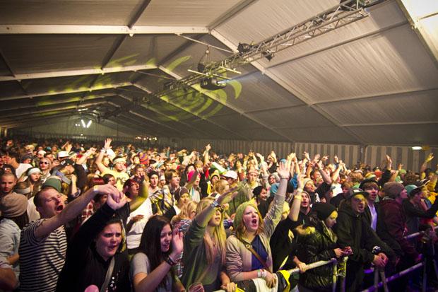 Party SA crowd2