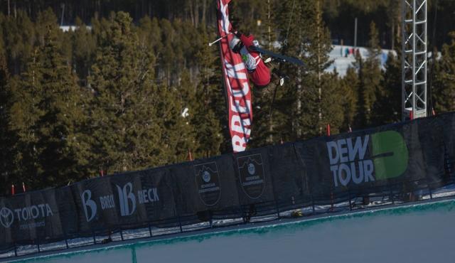 anais_caradeux_womens_ski_pipe_qualifying_ion_mountain_championships-1