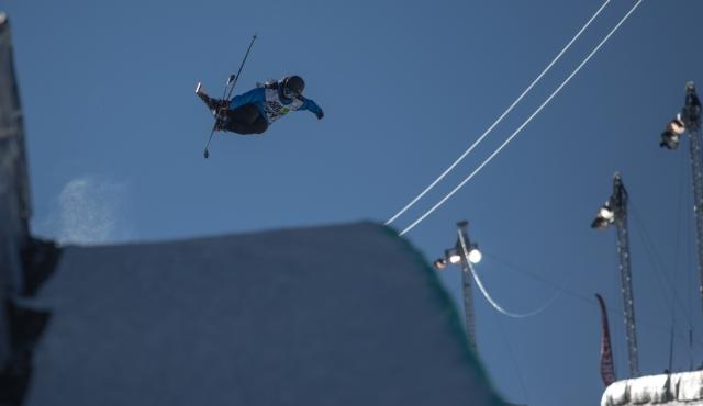 angeli_vanlaanen_drew_womens_ski_pipe_qualifying_ion_mountain_championships-1-3