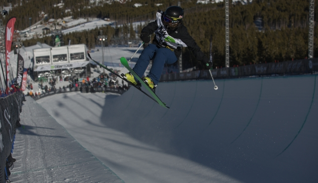annalisa_drew_womens_ski_pipe_qualifying_ion_mountain_championships-1-2
