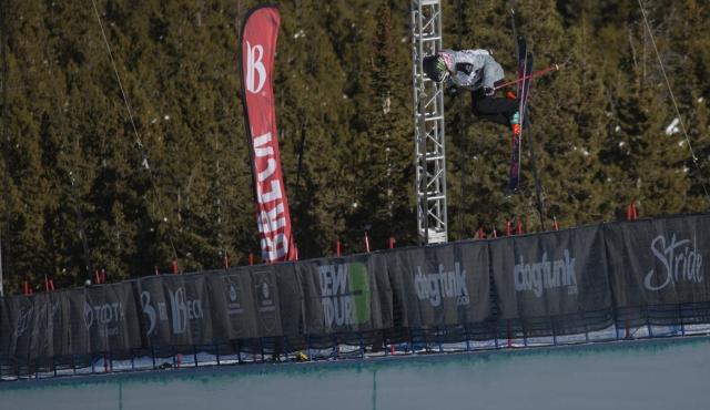 brita_sigourney_womens_ski_pipe_qualifying_ion_mountain_championships-1