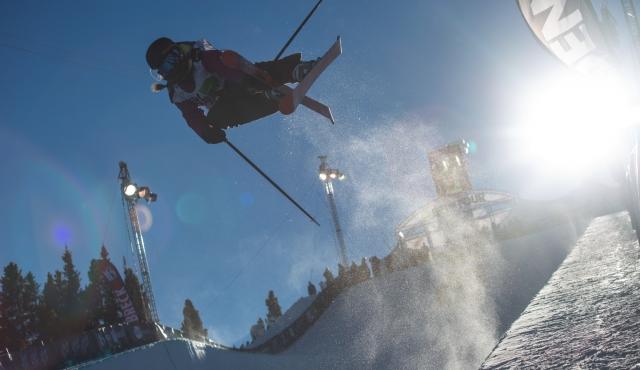 maddie_bowman_womens_ski_pipe_qualifying_ion_mountain_championships-1-2