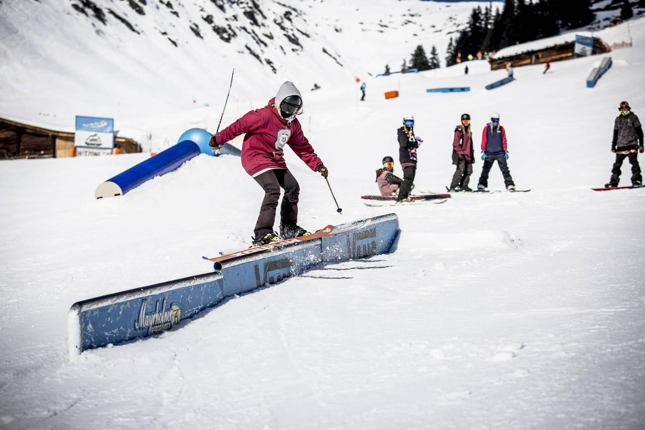 _web_Mayrhofen__28-02-2014__action__fs__Rosina_Friedel__Roland_Haschka_QParks__36