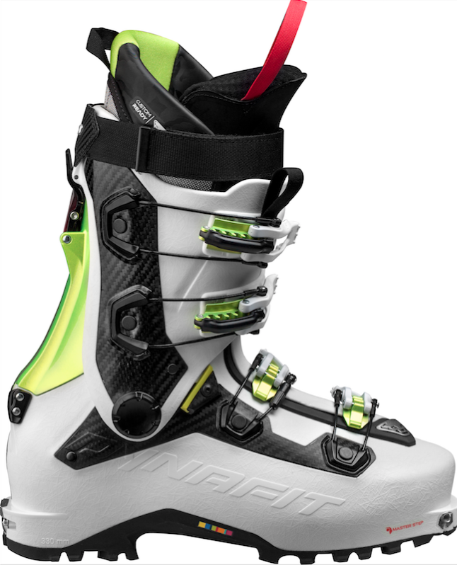 Earn Your Turns Mit Dem Dynafit Beast Carbon Boot
