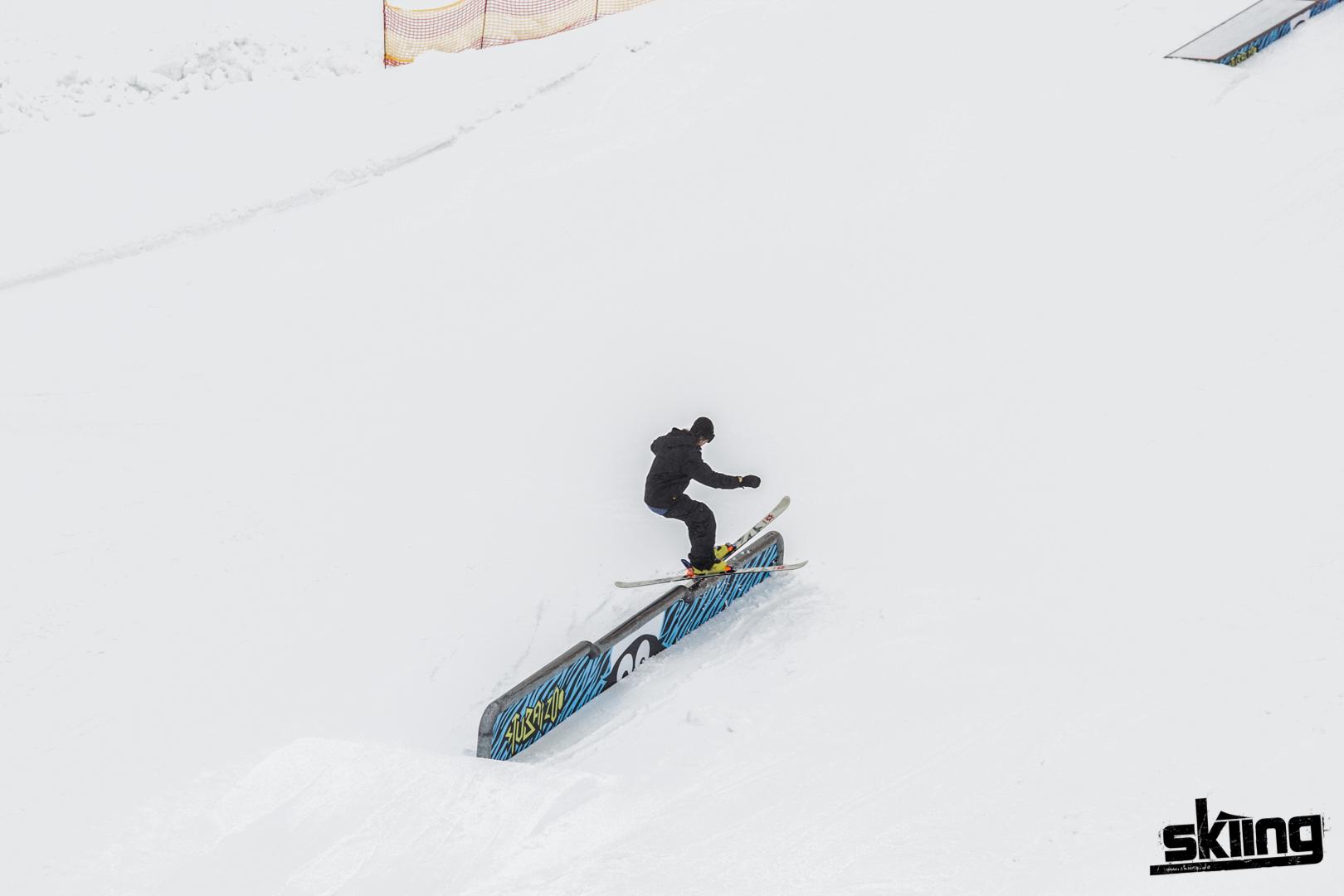 skiing_shooting-100