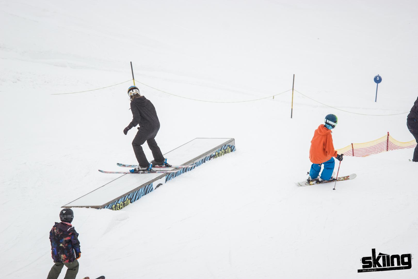 skiing_shooting-49
