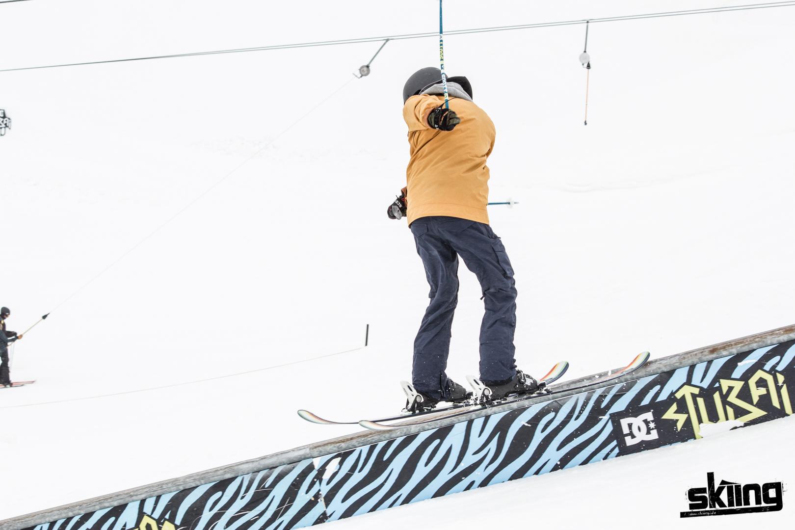 skiing_shooting-90