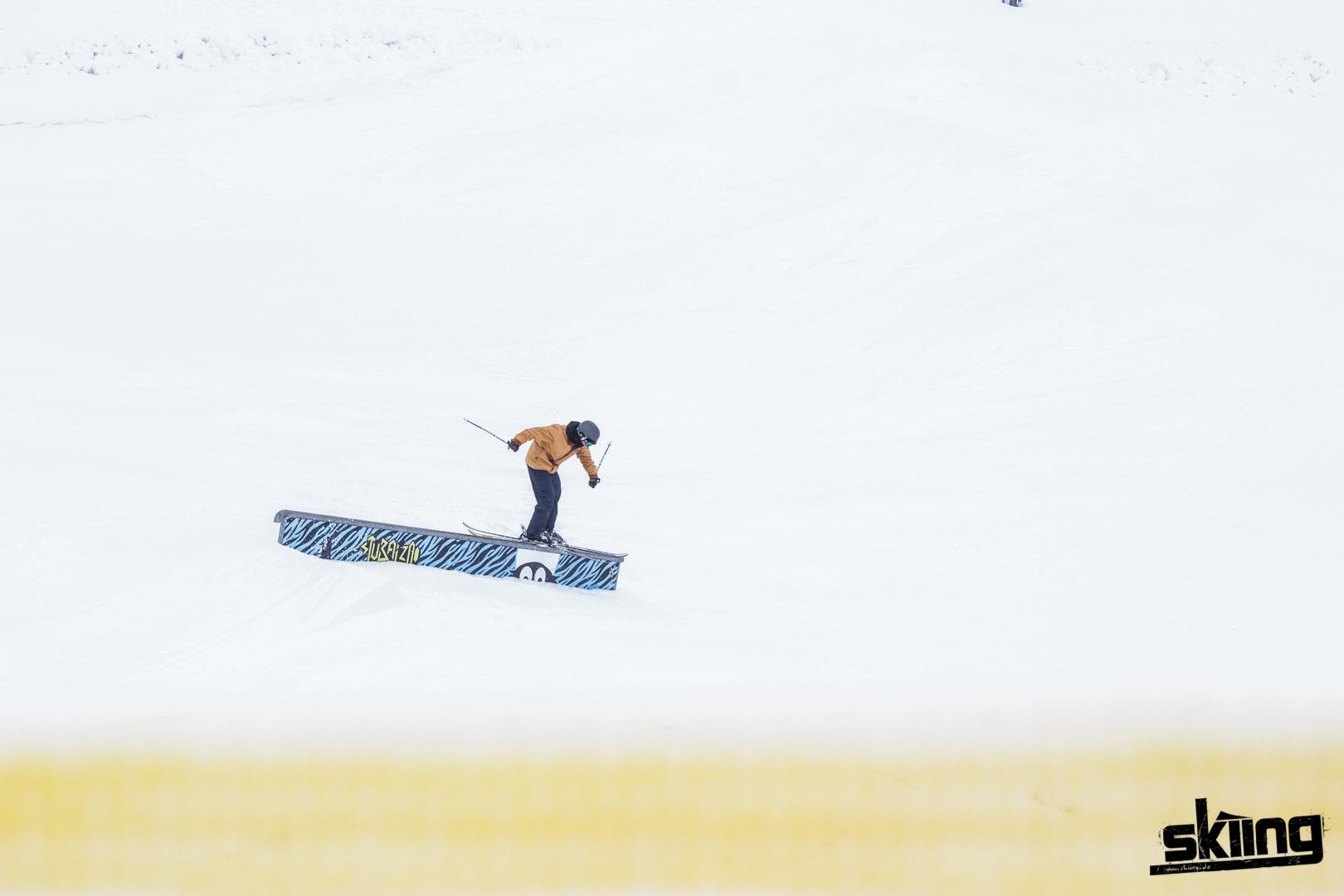 skiing_shooting-97