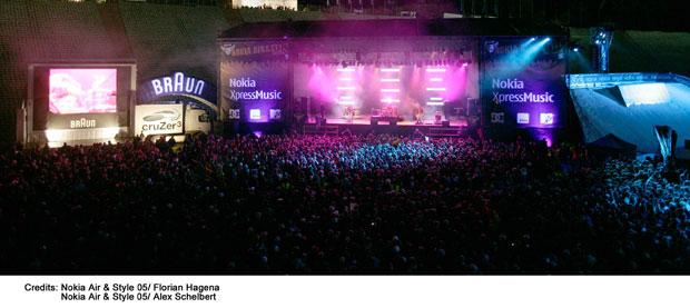 Erstmals finden die Nokia Air & Style Games 05 im Münchner Olympiastadion statt – ein voller Erfolg. Musikalisch begeistern unter anderem die Sportfreunde Stiller die 21.000 Fans im Stadion.