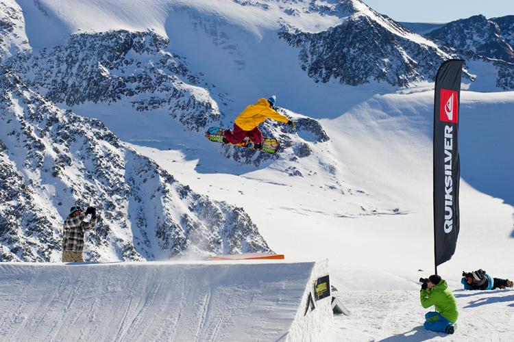 msp2011_photo_05_peter_fettich_rider_alex_beer_keep_snowboarding_72dpi