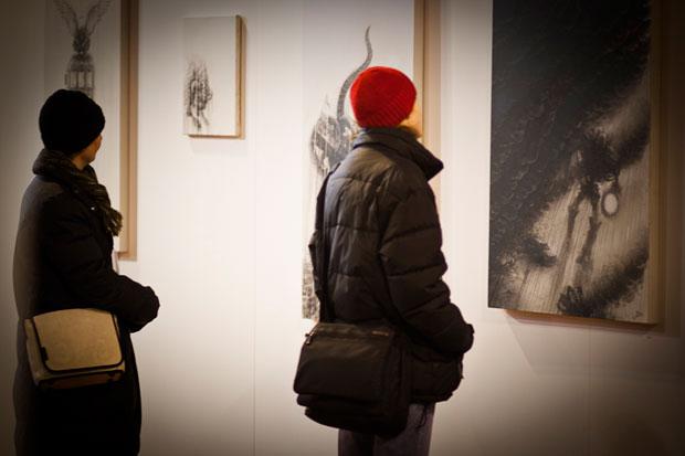 aos2012_pm06_pic_07_exhibition_tennishalle_artist_nigs534_96dpi_by_steffen_kornfeld