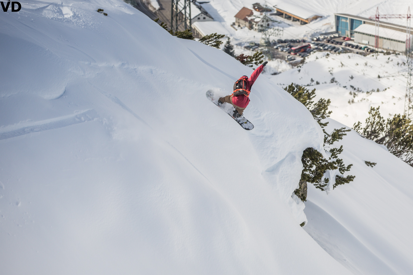 Torgeir Bergrem shows the young gun how it's done. Photo: Vernon Deck