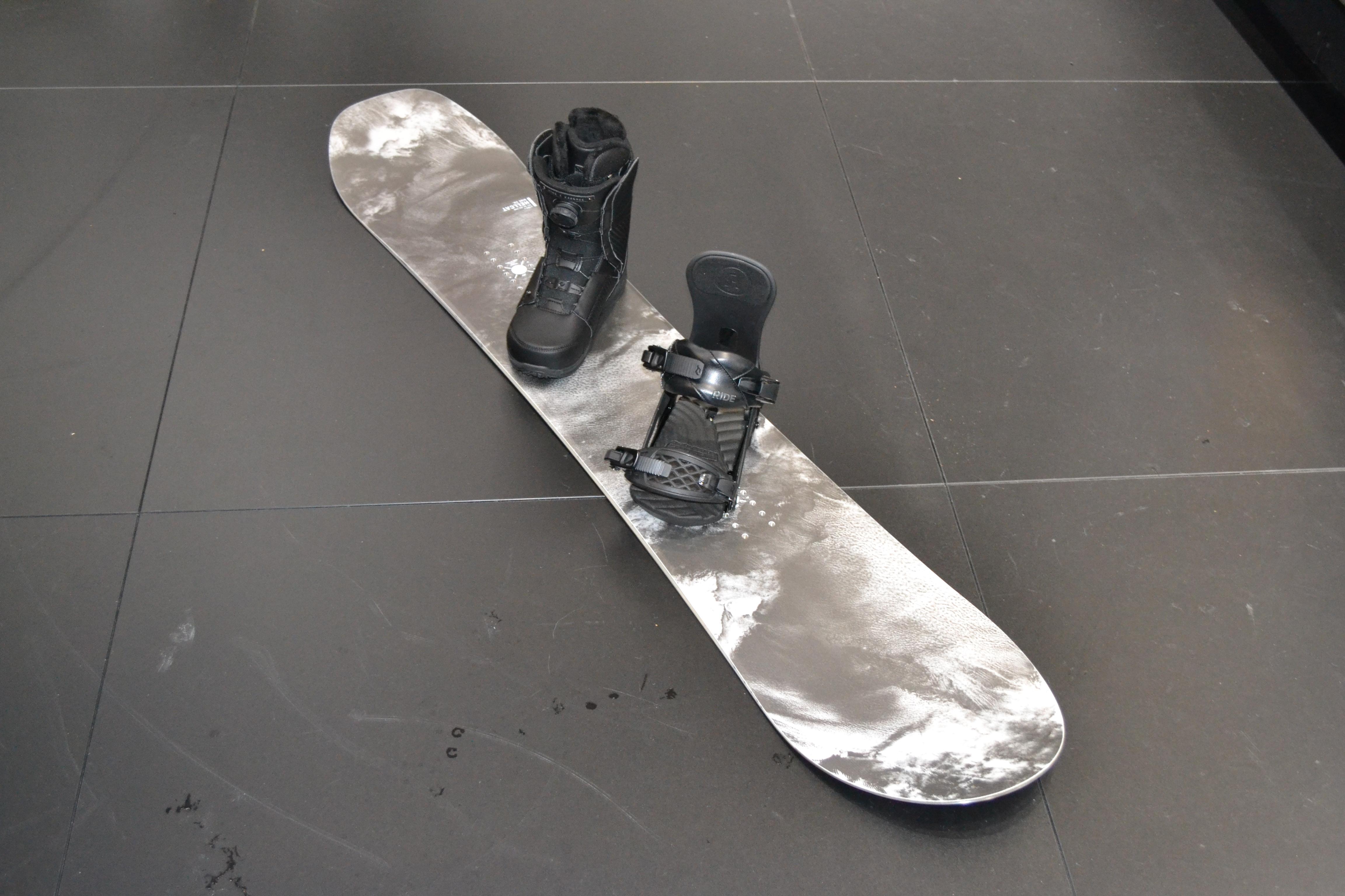 Hellcat Snowboard, Fame Bindung, Cadence Boot