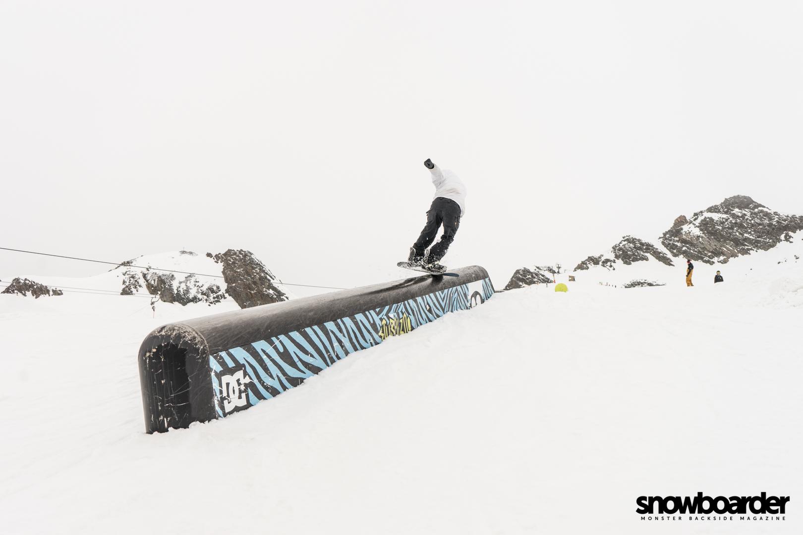 snowboardermbm-25