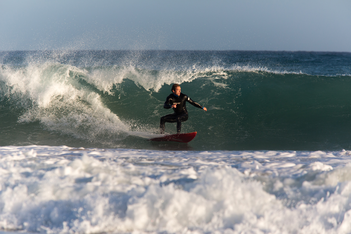 Hansi beim Bottom Turn photo: thomas-dietze.com