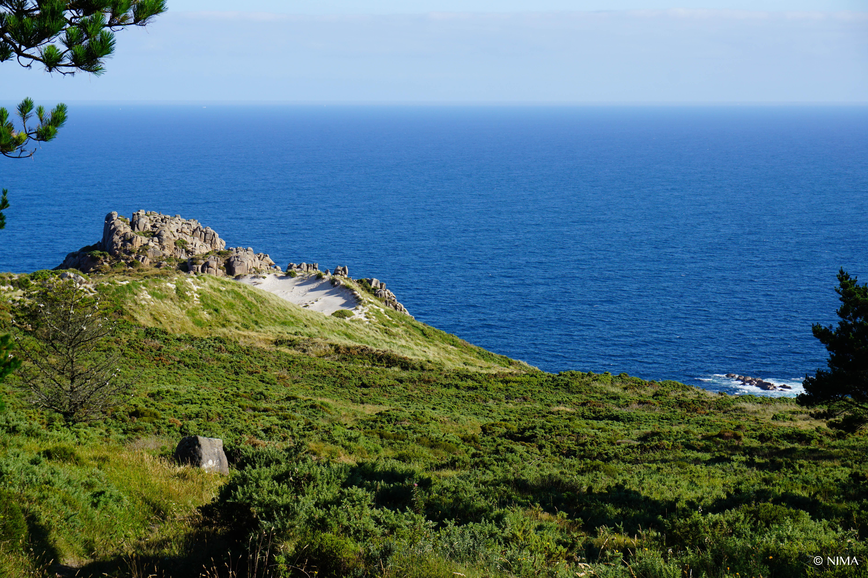 Eine Düne 200 Meter über dem Wasser. Costa da Morte, Galizien,