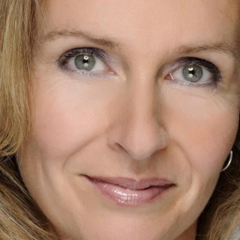 Pauline van Aken spreker bij Sprekershuys