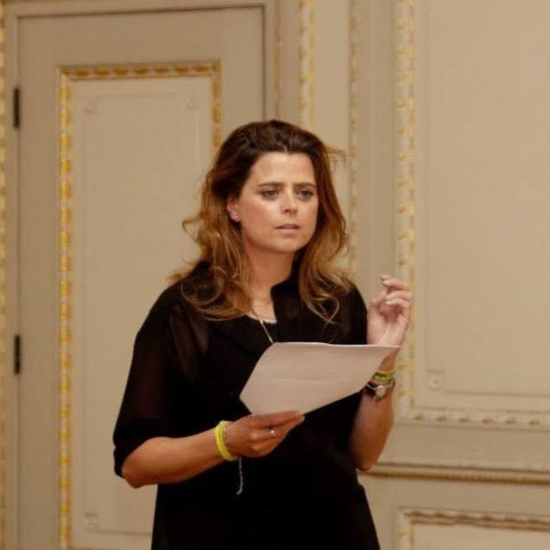 Andrea wiegman spreker bij Sprekershuys