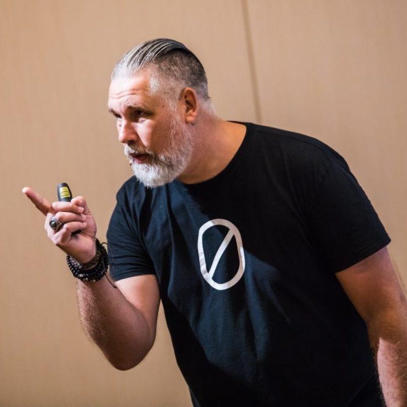 Edwin van andel spreker bij Sprekershuys