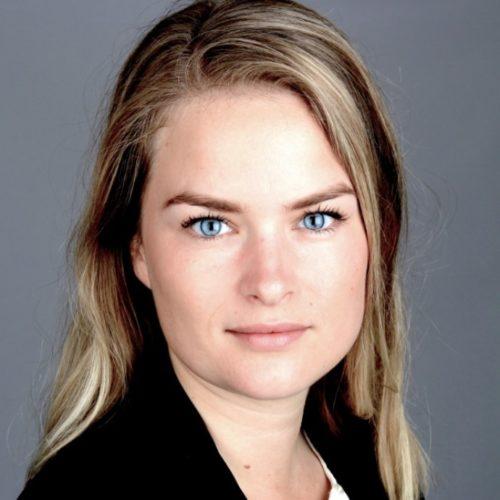 Eva Helmond spreker, dagvoorzitter inhuren bij het Sprekershuys
