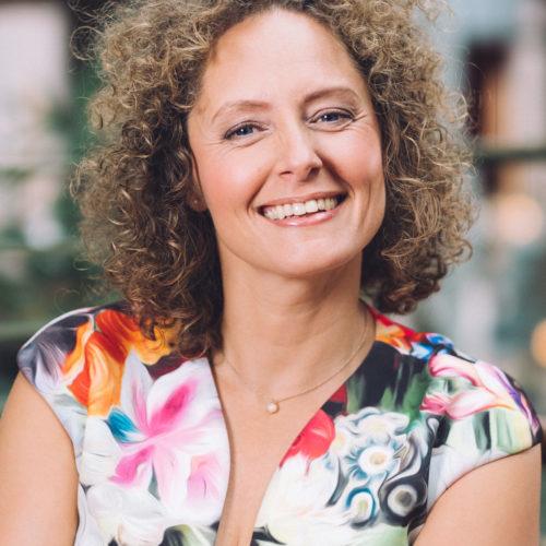 Esther van der Voorst dagvoorzitter bij Sprekershuys