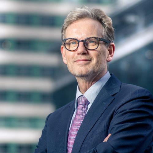 Peter Savelberg spreker inhuren bij sprekershuys