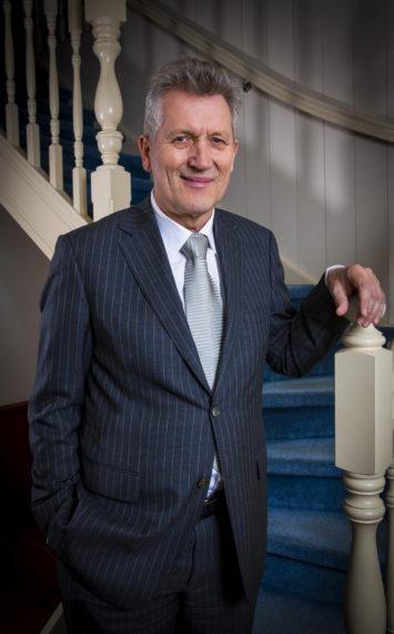 Dirk Scheringa spreker boeken bij sprekershuys