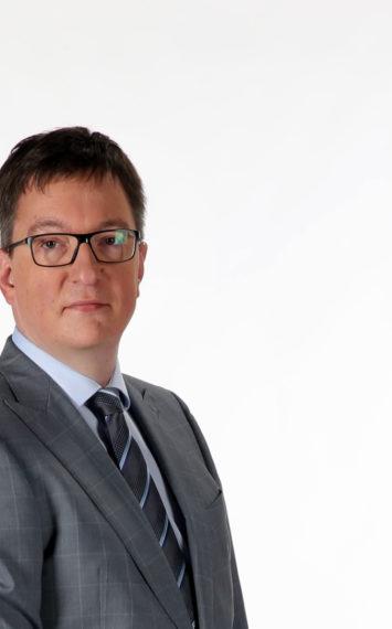Martin Visser dagvoorzitter, spreker boeken bij het Sprekershuys