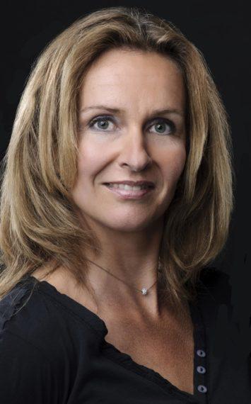 Pauline van Aken dagvoorzitter, spreker boeken bij het Sprekershuys