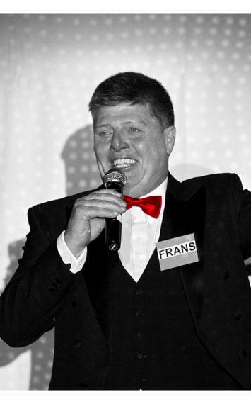 Frans Miggelbrink spreker, dagvoorzitter boeken bij sprekershuys