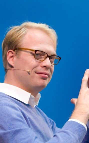 Ilja Boelaars dagvoorzitter, spreker boeken bij het Sprekershuys