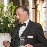 Alphons de butler spreker inhuren bij het Sprekershuys