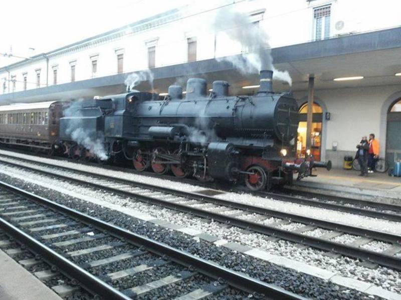 Il treno più vecchio di Trieste arriva in stazione!