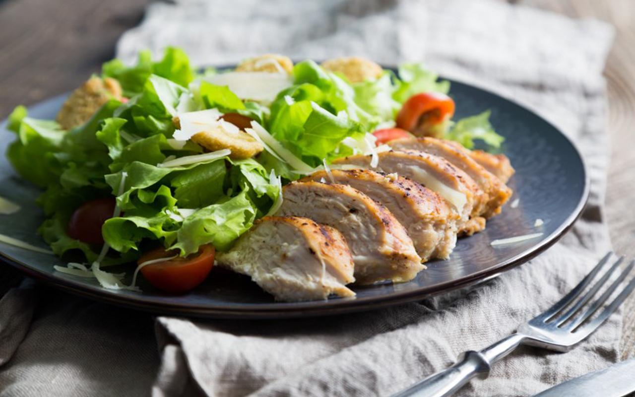 Caesar salad insalata 03 04 17