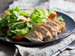 Show caesar salad insalata 03 04 17
