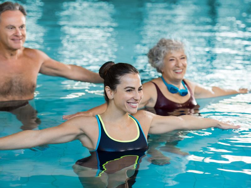 Un po' di attività fisica in piscina!