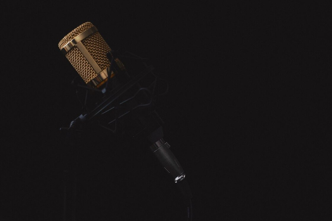 Microphone 2130806 1920