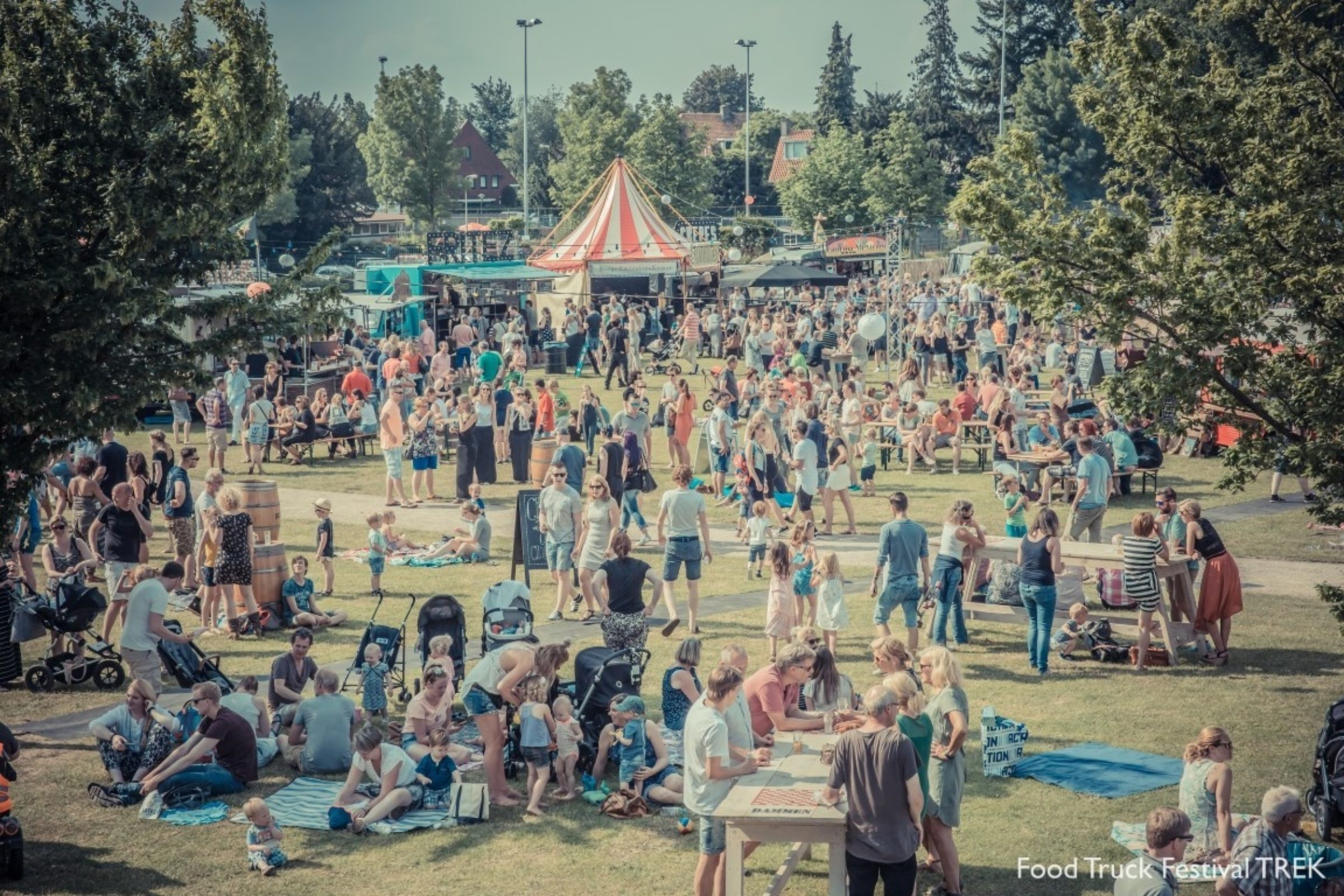 2016 P  Lodder Trek Foodtruck Festival Evenementen 2