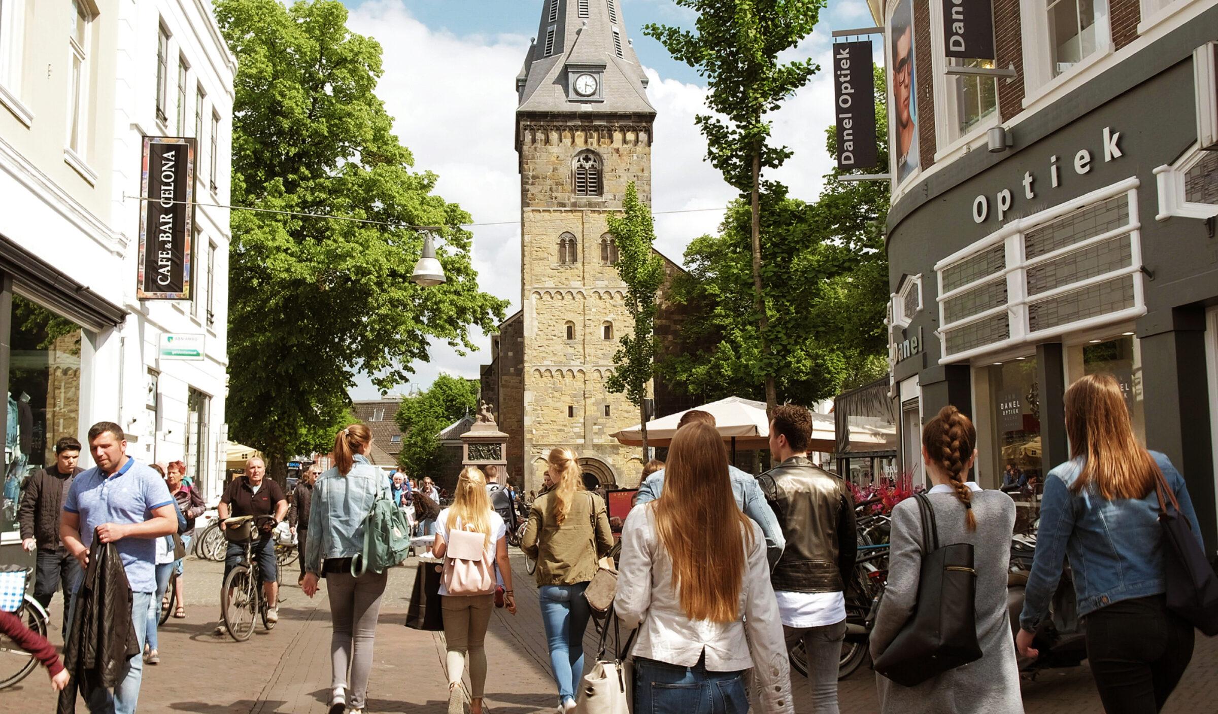 Feiertagsshoppen in Enschede